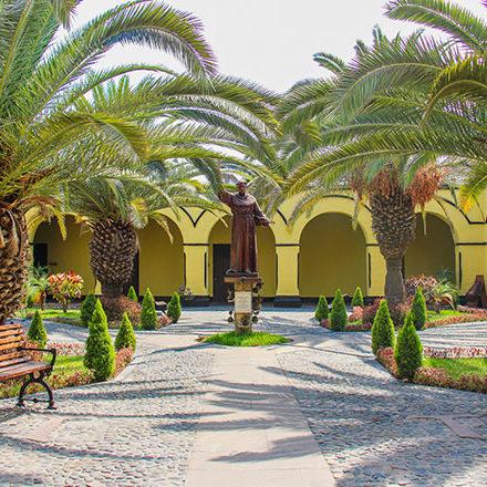 Calle Manco Cápac 202-A, Rímac.<br /> Apartado 278 - Lima 100 - Perú