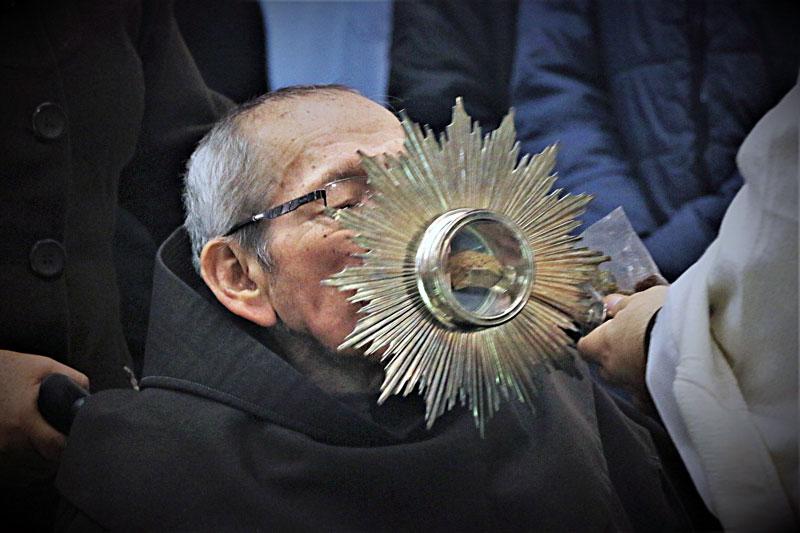 Veneración de la reliquia de San Francisco Solano