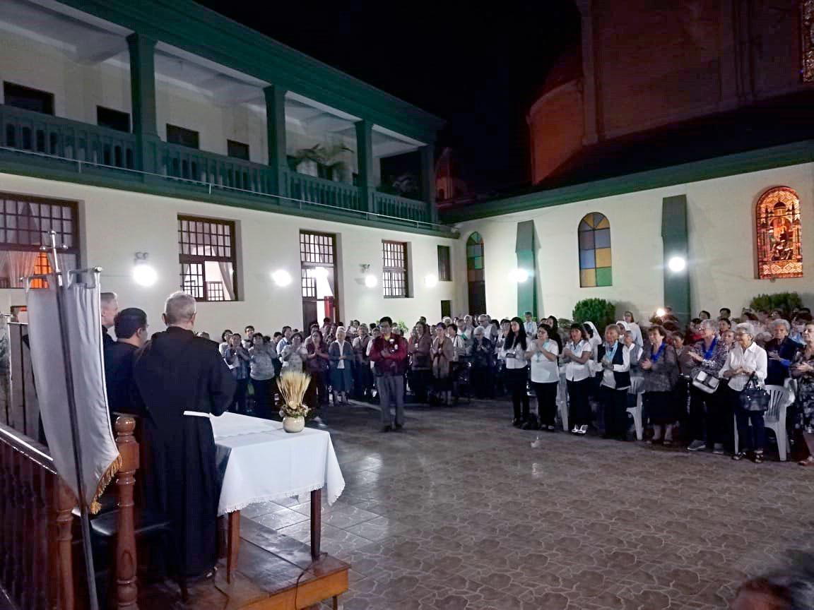 Visita de Fr. Michael Perry, OFM, Ministro General, a la Parroquia San Francisco de Asís-Barranco