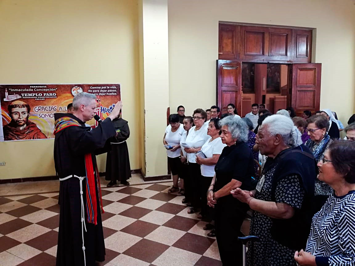 Visita de Fr. Michael Perry, OFM, Ministro General, al Templo Faro del Callao