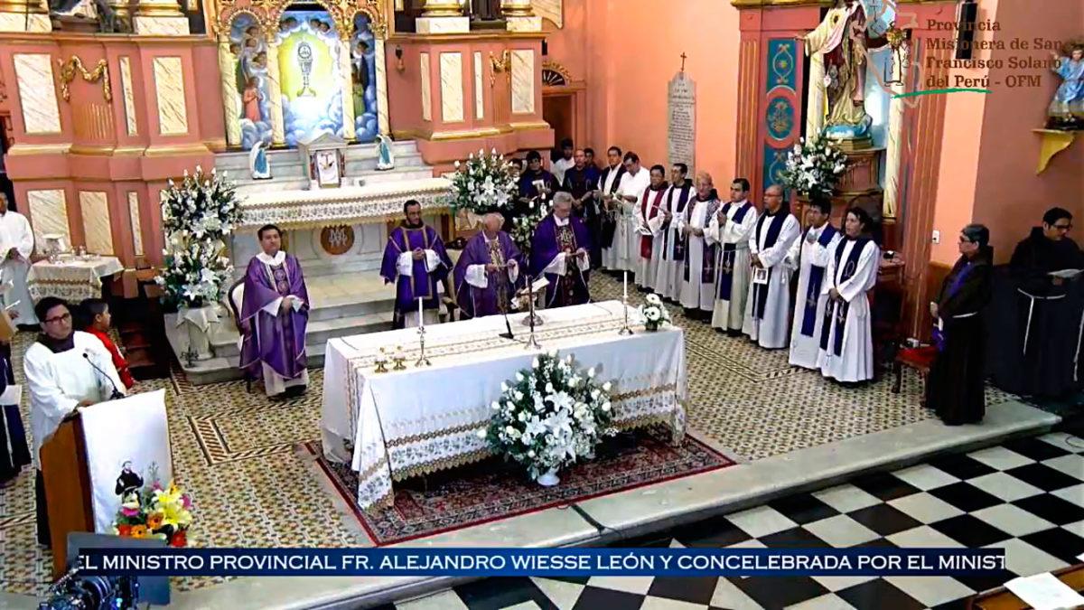 Misa por los 50 años de vida sacerdotal de Fr. Gervasio González, OFM