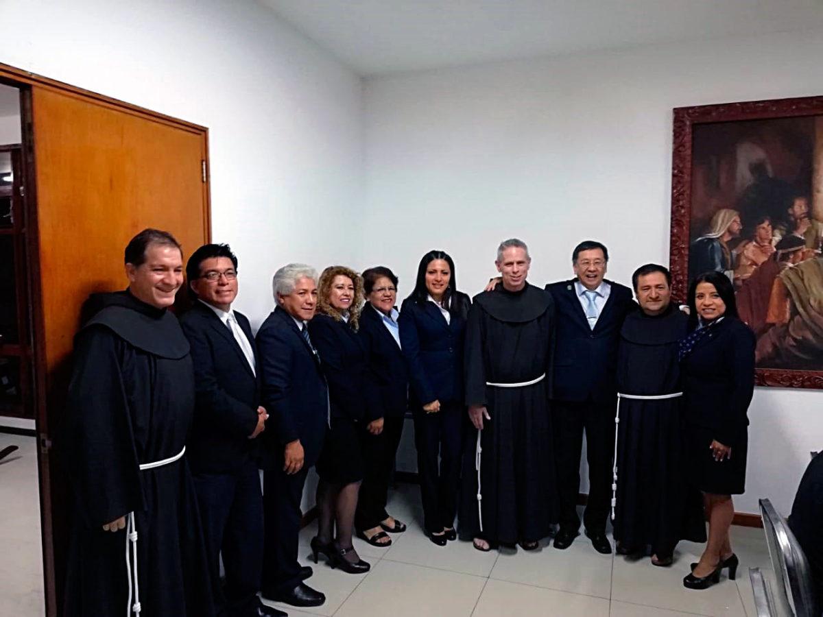 Visita del Ministro General Fr. Michael Perry, OFM al Colegio Particular San Antonio de Padua