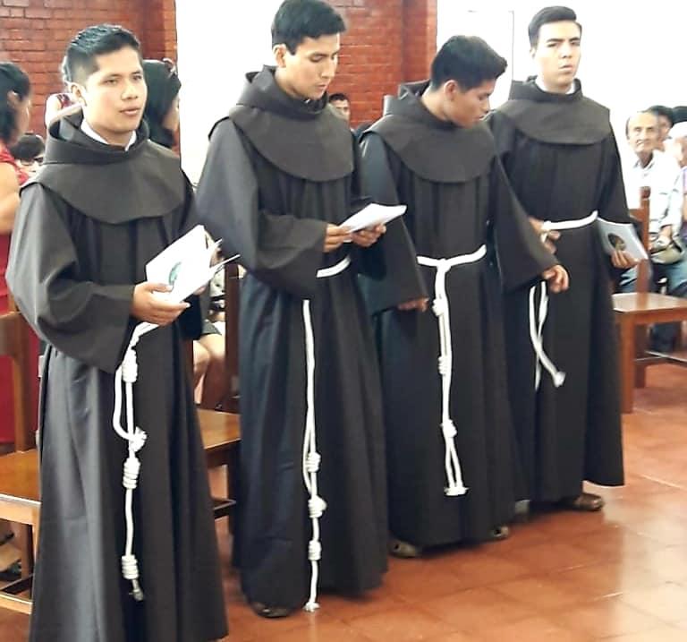 Primera Profesión Simple de Novicios Franciscanos