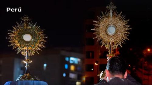 Cristo Eucaristía salió al encuentro de los creyentes