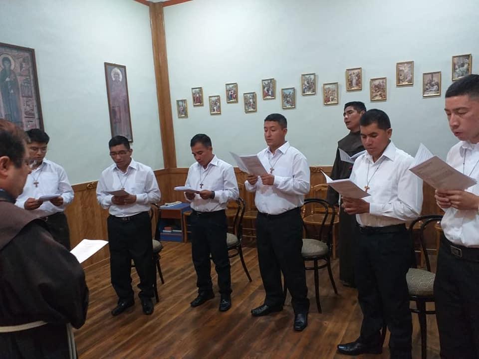 Ceremonia de entrada al postulantado