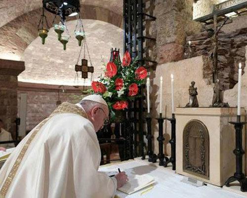 """Nueva encíclica del Papa Francisco """"FRATELLI TUTTI"""""""