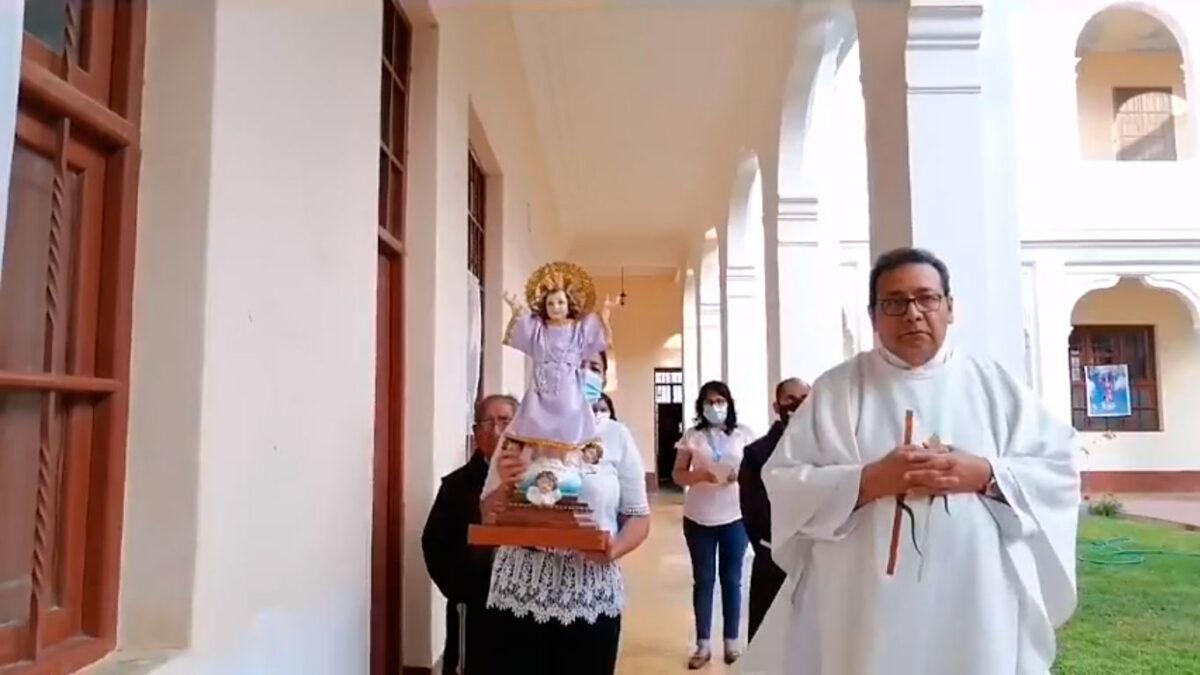 Misa en honor al Divino Niño Jesús