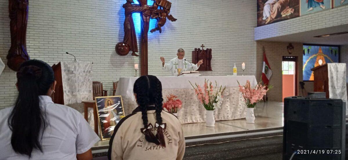 Satipo: Misa del colegio parroquial San Francisco de Asís