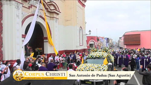 Trujillo: Procesión del Corpus Christi